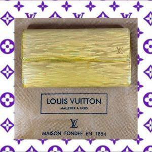 💜💛SARAH WALLET💛💜 LOUIS VUITTON Epi Leather
